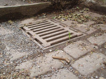 Darlington place steps drains dug out bathwick liberal for Rainwater drain problems